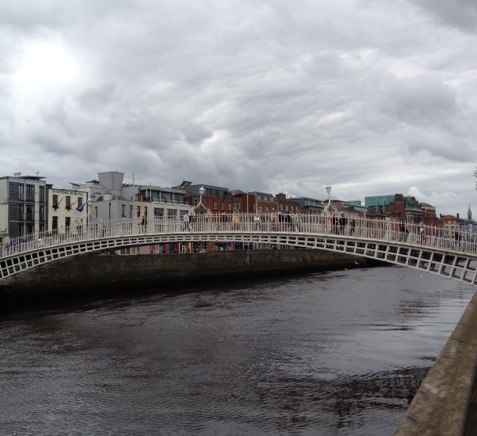 [Ha'penny bridge]
